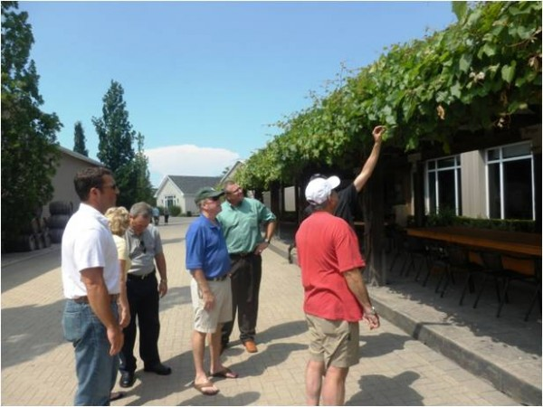 LANNA management team enjoying a vineyard tour