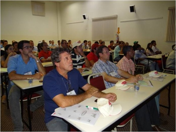 Attendees of the Silage School in Brazil
